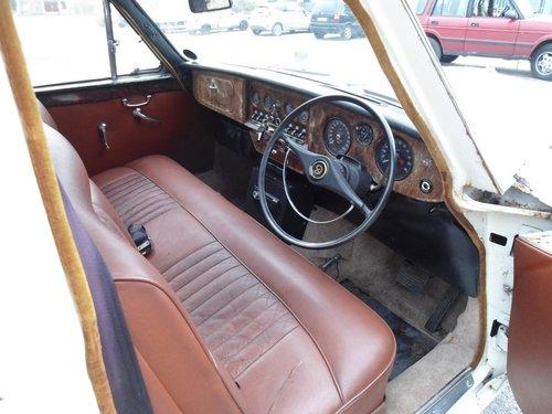 1966 Daimler Vanden Plas Limousine For Sale (picture 5 of 6)
