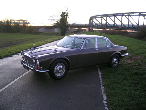 1971 Daimler Sovereign 4.2 Series 1 Classic Car For Sale (picture 1 of 6)
