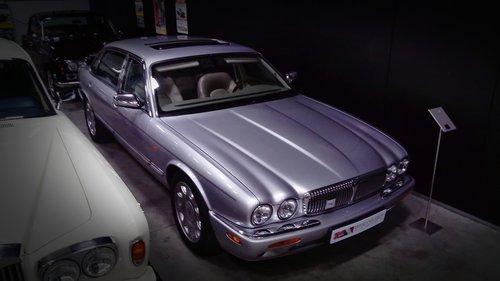 2000 Daimler Super V8 LWB Supercharged For Sale (picture 3 of 6)