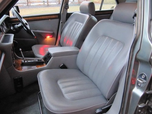 1993 DAIMLER DOUBLE SIX 5.3 AUTOMATIC * LOW MILEAGE FRESH IMPORT For Sale (picture 3 of 6)