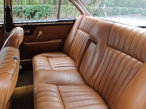 1973 Daimler Sovereign 2.8 Series I Manual O/D, 12,500 MILES SOLD (picture 6 of 6)