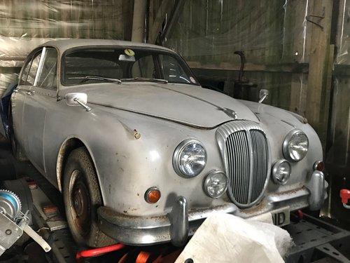 1966 Daimler 2.5 V8 for restoration SOLD (picture 1 of 6)