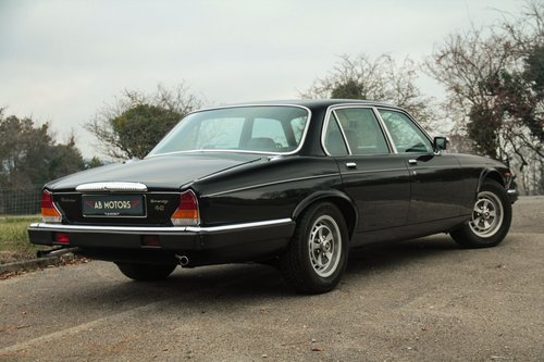 Superb 1981 Daimler 4.2 Sovereign For Sale (picture 2 of 6)