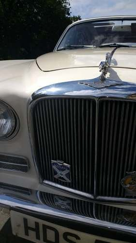 1969 Daimler Sovereign at Morris Leslie Vehicle Auction 17th Aug For Sale by Auction (picture 3 of 6)