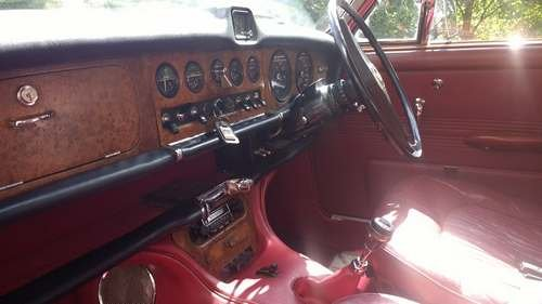 1969 Daimler Sovereign at Morris Leslie Vehicle Auction 17th Aug For Sale by Auction (picture 4 of 6)