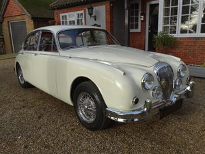 1965 DAIMLER 250 V8  For Sale