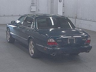 Daimler Super V8 2002 last year of build and perfect For Sale (picture 2 of 3)