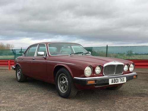 1983 Daimler DB6 Vanden Plas HE A at Morris Leslie Auction SOLD by Auction (picture 2 of 6)