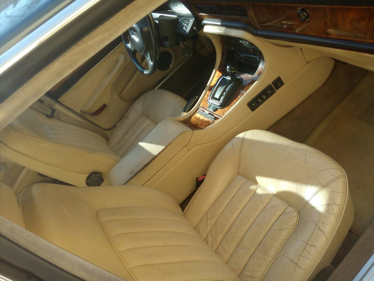 1990 Daimler Sovereign 4.0 For Sale (picture 6 of 6)