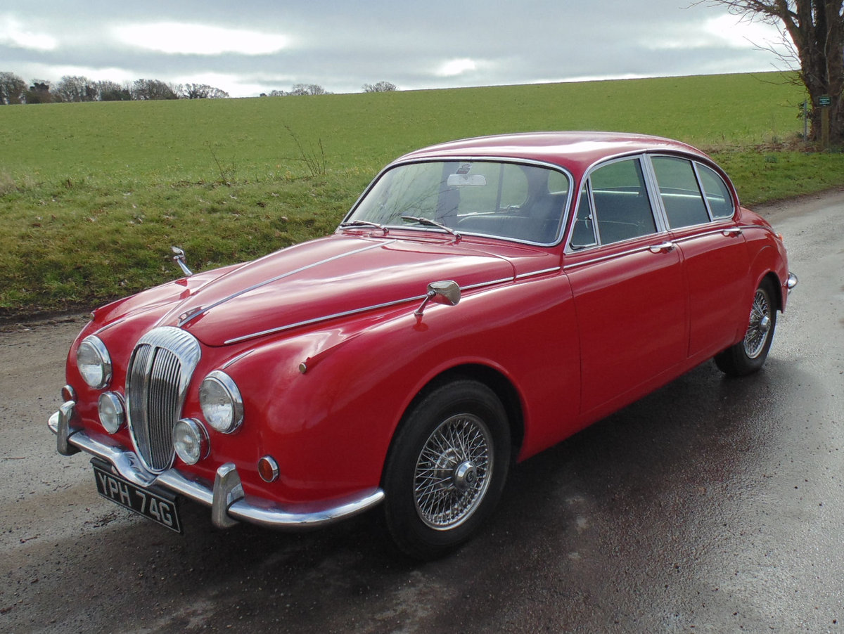 1969 Daimler V8 250 Automatic SOLD (picture 1 of 6)