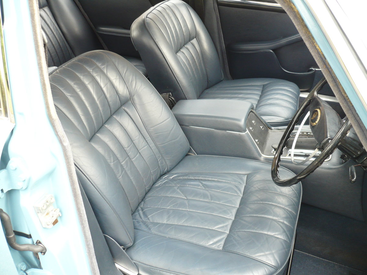 1969 DAIMLER SOVEREIGN SERIES 1 4.2 Ltr  41,000 MILES ONLY For Sale (picture 4 of 6)