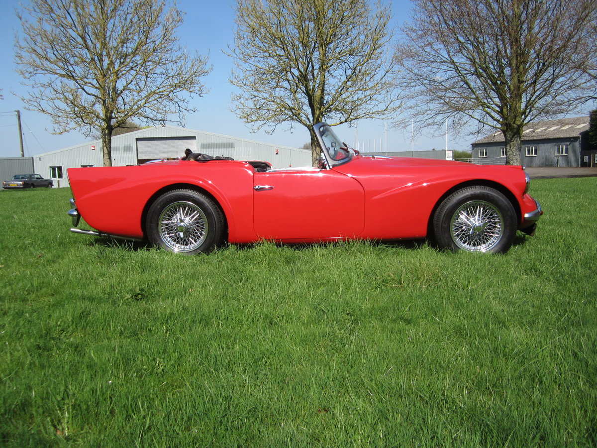 1960 Daimler SP250 Dart For Hire (picture 3 of 6)