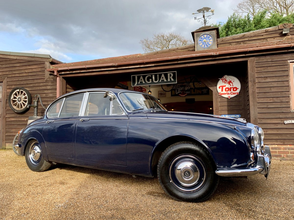 1968 DAIMLER 250 V8 AUTOMATIC For Sale (picture 1 of 6)