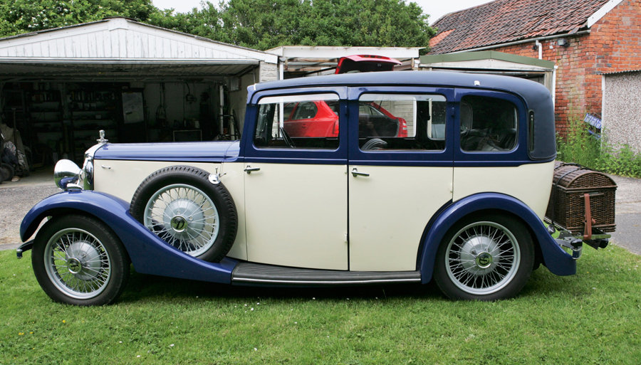 1934 Daimler 15 Mulliner bodied 6 light saloon. For Sale (picture 4 of 6)