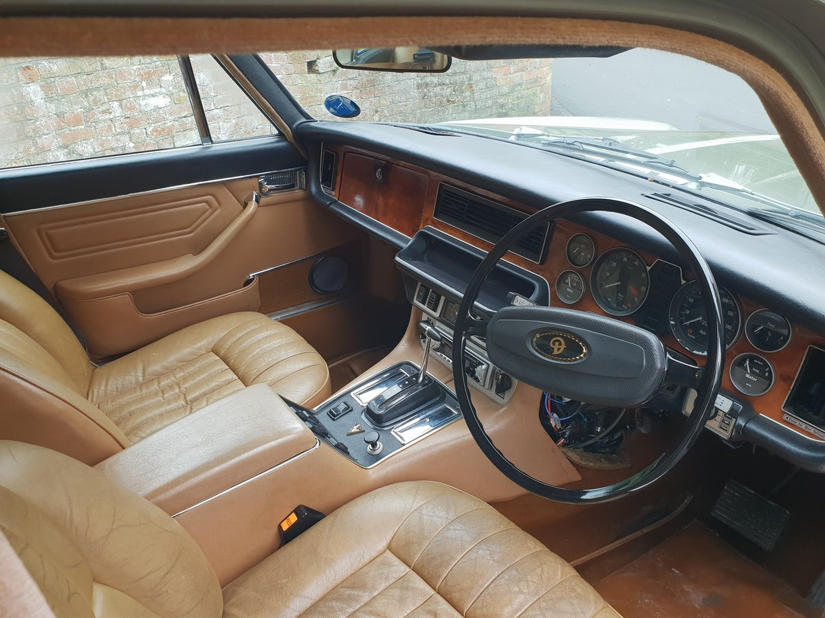 1972 Daimler Double Six V12 Family Owned  For Sale (picture 4 of 6)