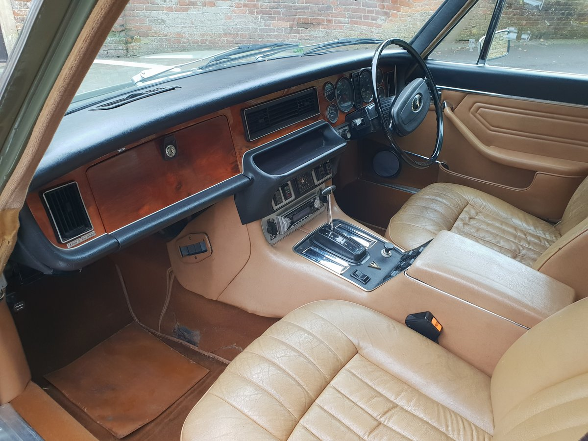 1972 Daimler Double Six V12 Family Owned  For Sale (picture 5 of 6)
