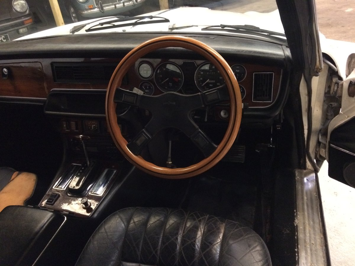 1976 Daimler coupe For Sale (picture 5 of 5)
