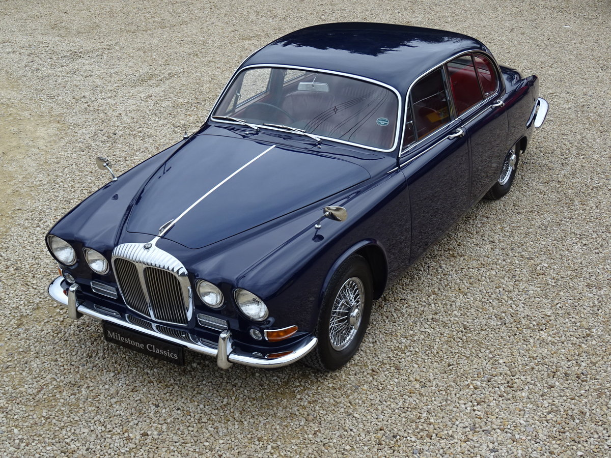 Daimler Sovereign – Stunning/Matching Numbers SOLD (picture 1 of 6)
