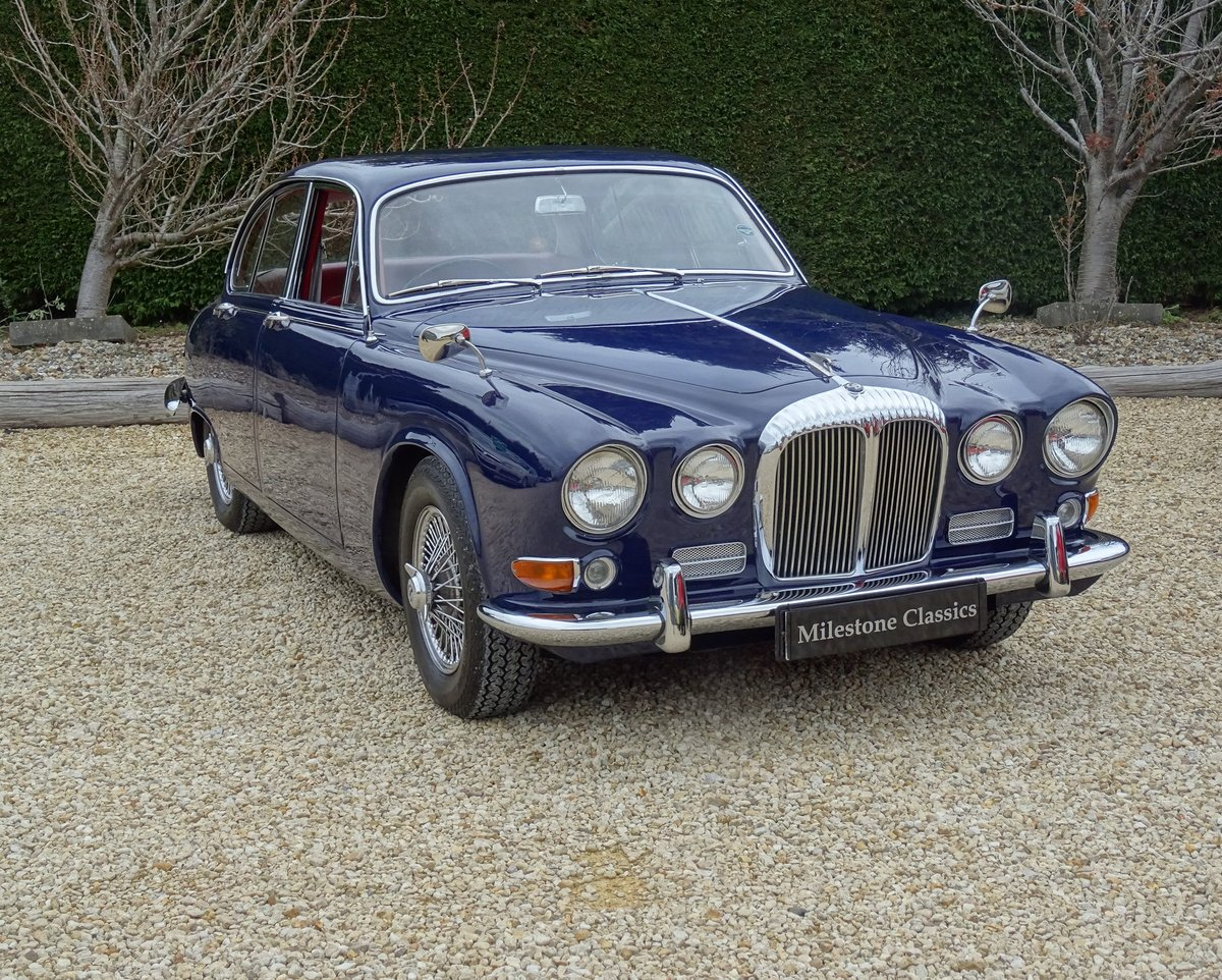 Daimler Sovereign – Stunning/Matching Numbers SOLD (picture 2 of 6)