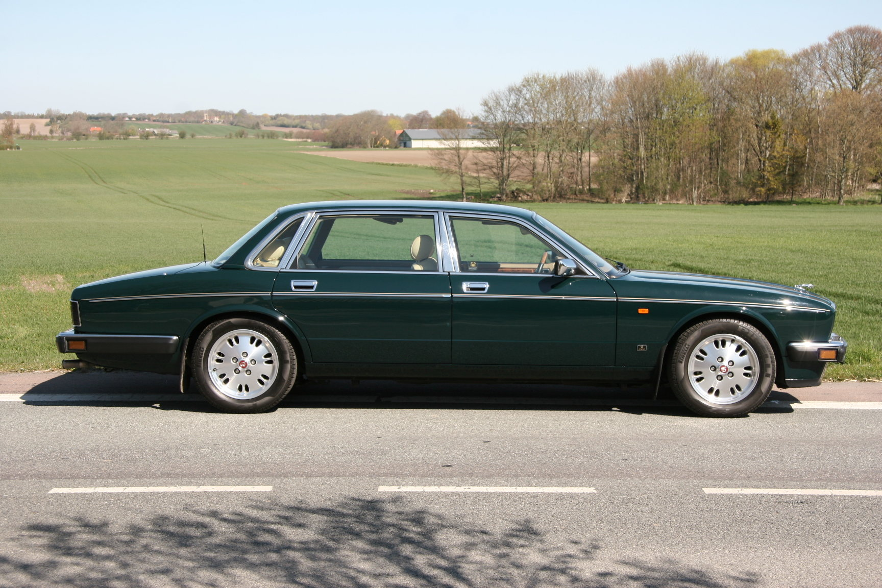 1994 Daimler Double Six Majestic Insignia - NEW PRICE For Sale (picture 1 of 6)