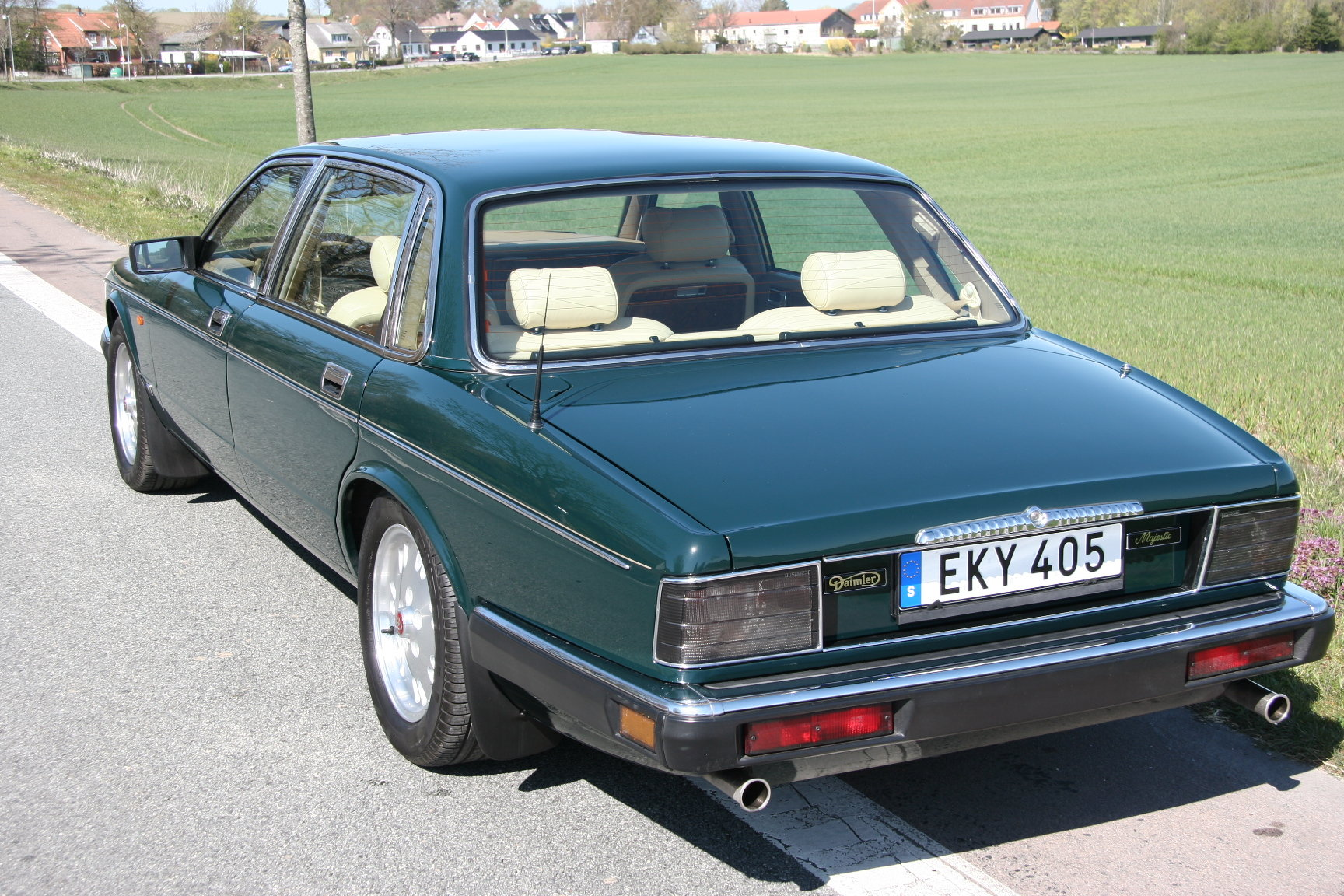 1994 Daimler Double Six Majestic Insignia - NEW PRICE For Sale (picture 3 of 6)