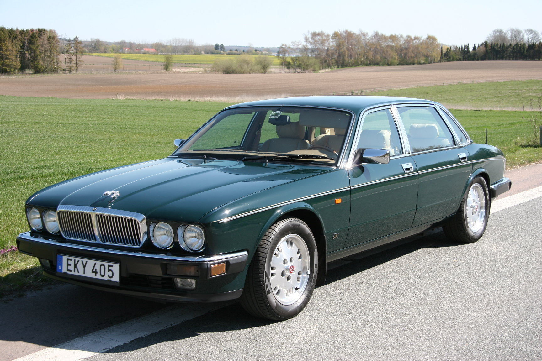 1994 Daimler Double Six Majestic Insignia - NEW PRICE For Sale (picture 4 of 6)