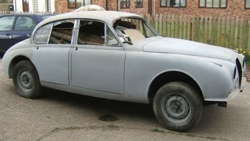 1965 Jaguar/Daimler Mk2 restored body shell For Sale