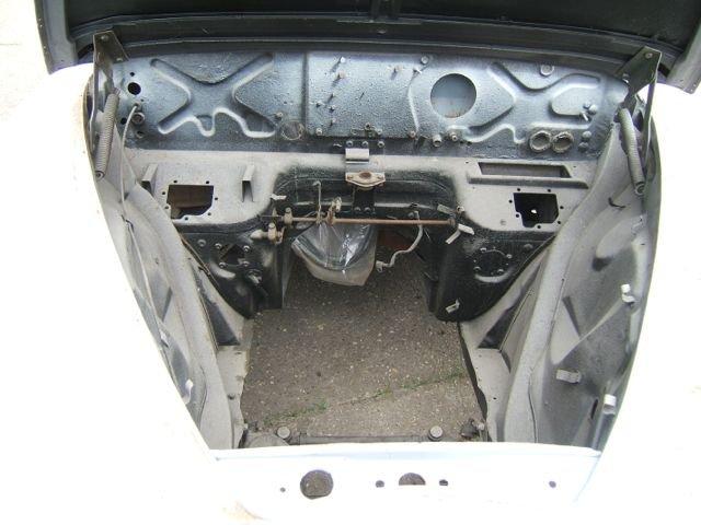 1965 Jaguar/Daimler Mk2 restored body shell For Sale (picture 2 of 3)