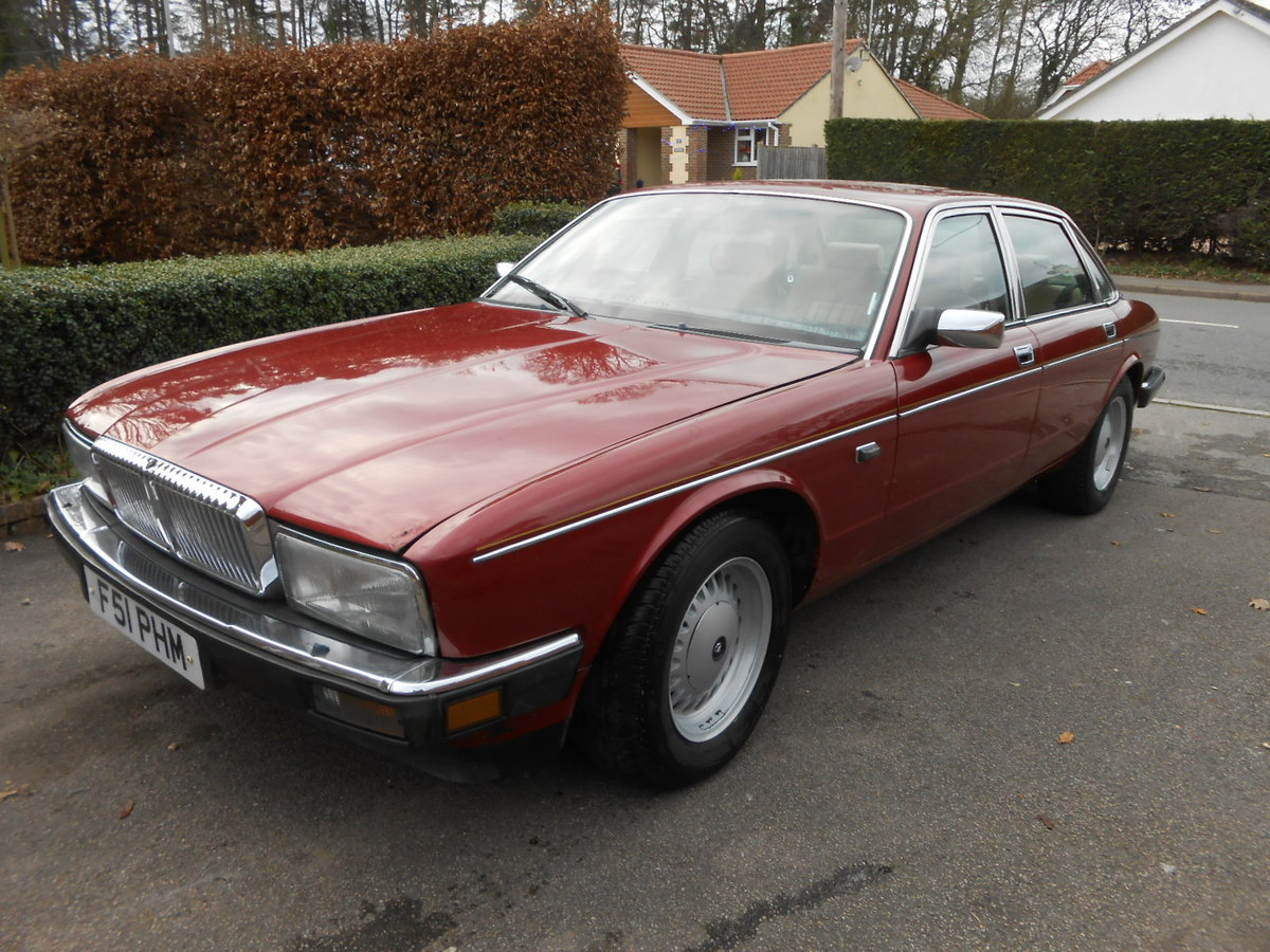 1988 Daimler jag xj40 3.6 auto 54,000 miles For Sale (picture 1 of 6)
