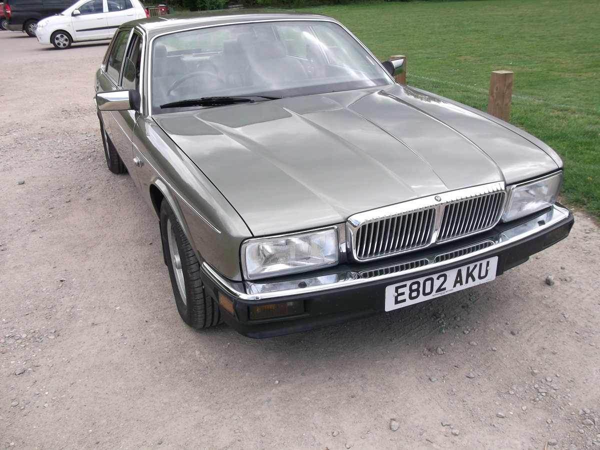 1988 Daimler xj40 service history 20500 miles For Sale (picture 1 of 6)