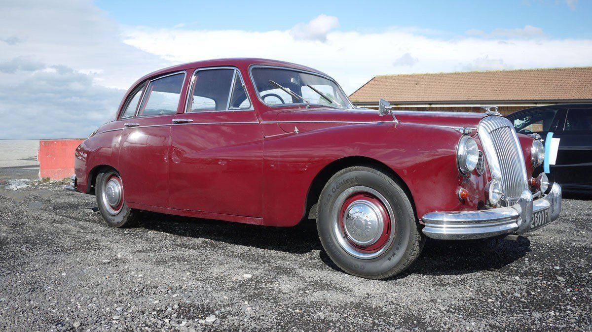 1965 Daimler Majestic Major For Sale by Auction (picture 1 of 5)