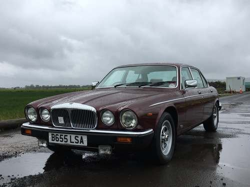 1984 Daimler 4.2 Auto at Morris Leslie Classic Auction 25th May SOLD by Auction (picture 1 of 6)