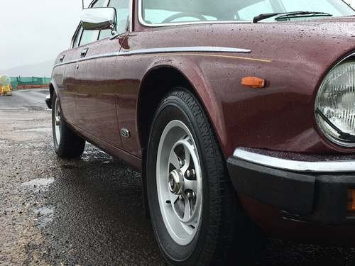 1984 Daimler 4.2 Auto at Morris Leslie Classic Auction 25th May SOLD by Auction (picture 3 of 6)