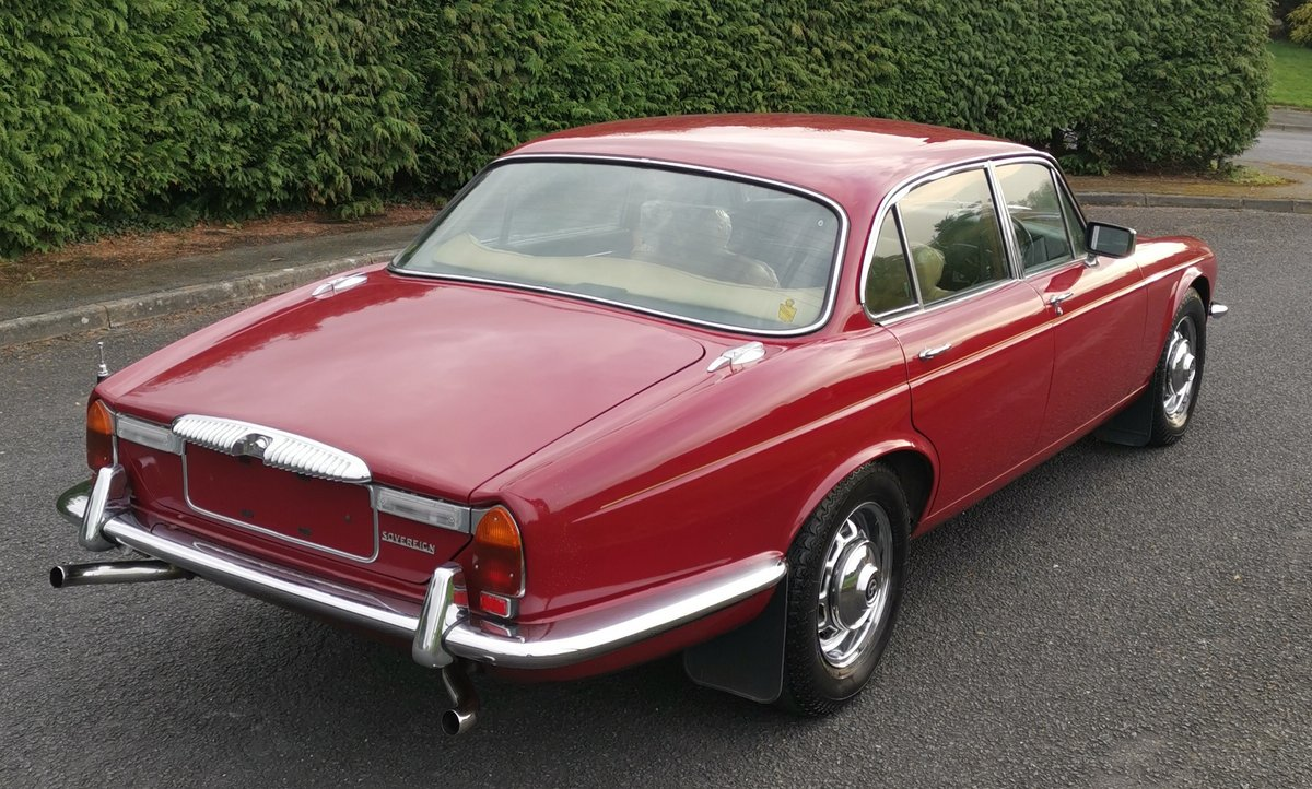 1977 Daimler Sovereign 4.2 LWB Man'l 9,395 mls - on The Market SOLD by Auction (picture 2 of 6)