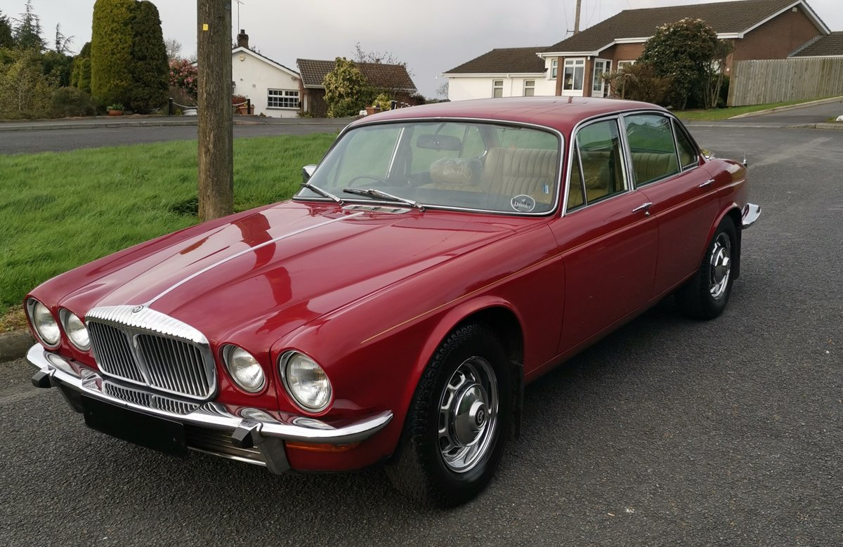 1977 Daimler Sovereign 4.2 LWB Man'l 9,395 mls - on The Market SOLD by Auction (picture 6 of 6)