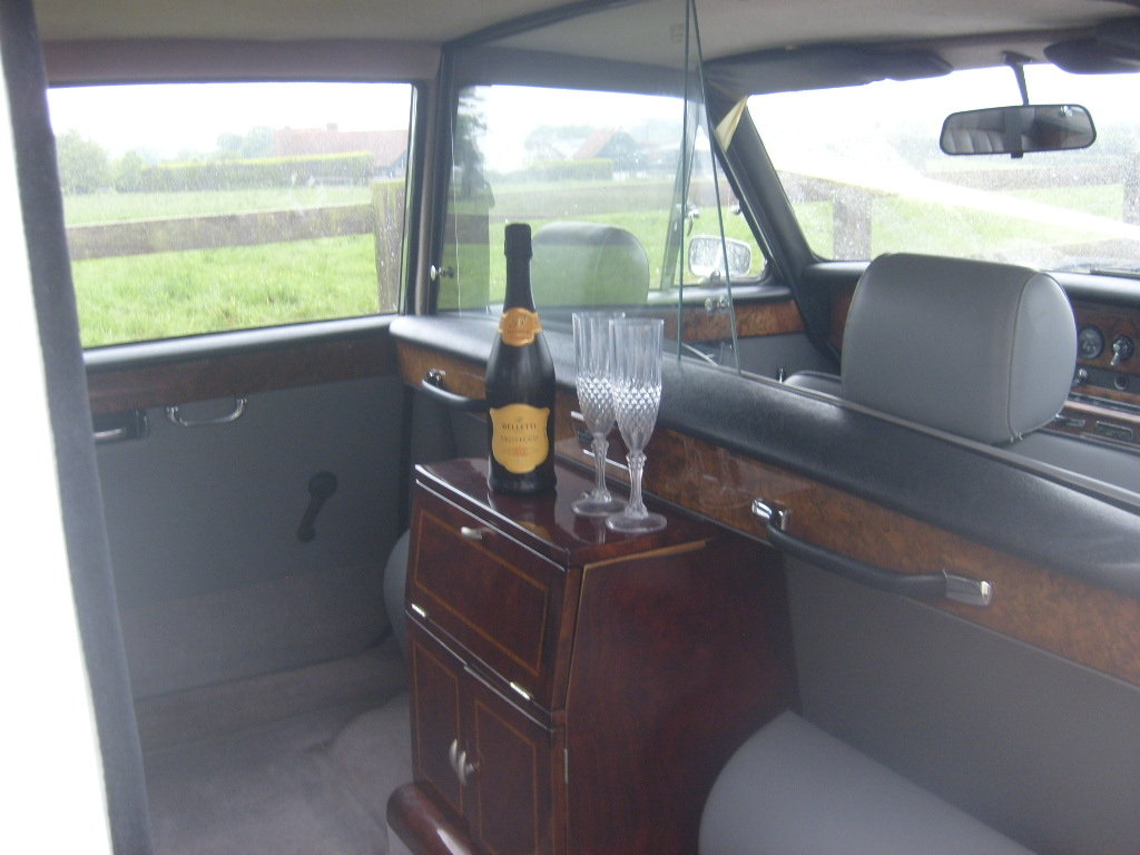 1990 DAIMLER DS420 LIMOUSINE SOLD (picture 5 of 6)