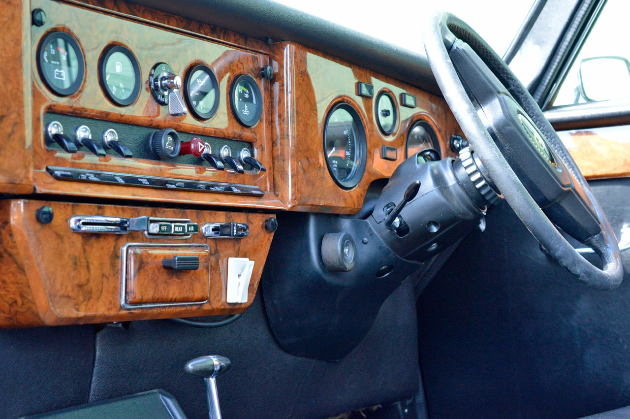 1989 Daimler Hearse For Sale (picture 4 of 6)