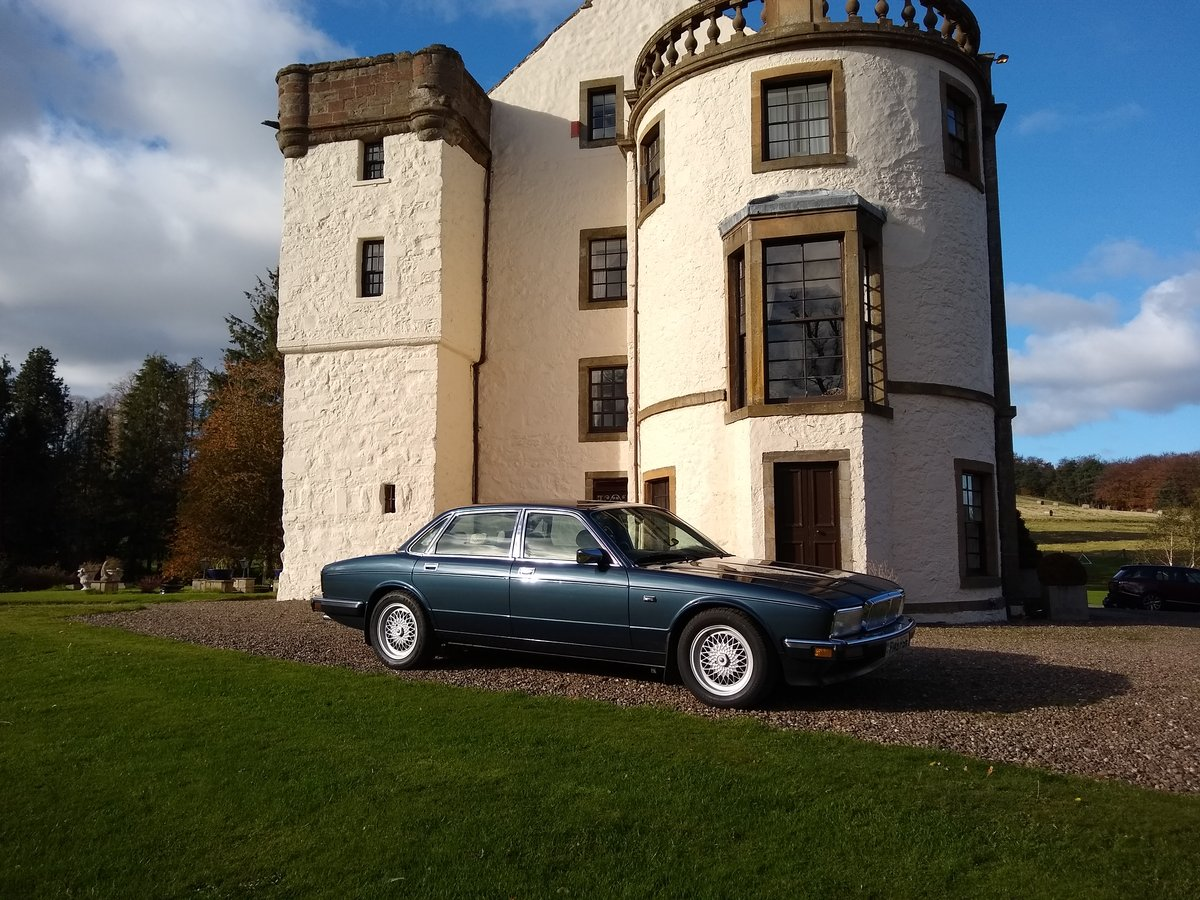 1989 Daimler 3.6 XJ40 For Sale (picture 1 of 6)
