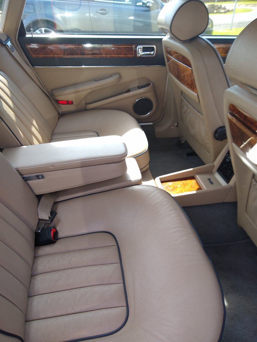 1989 Daimler 3.6 XJ40 For Sale (picture 4 of 6)