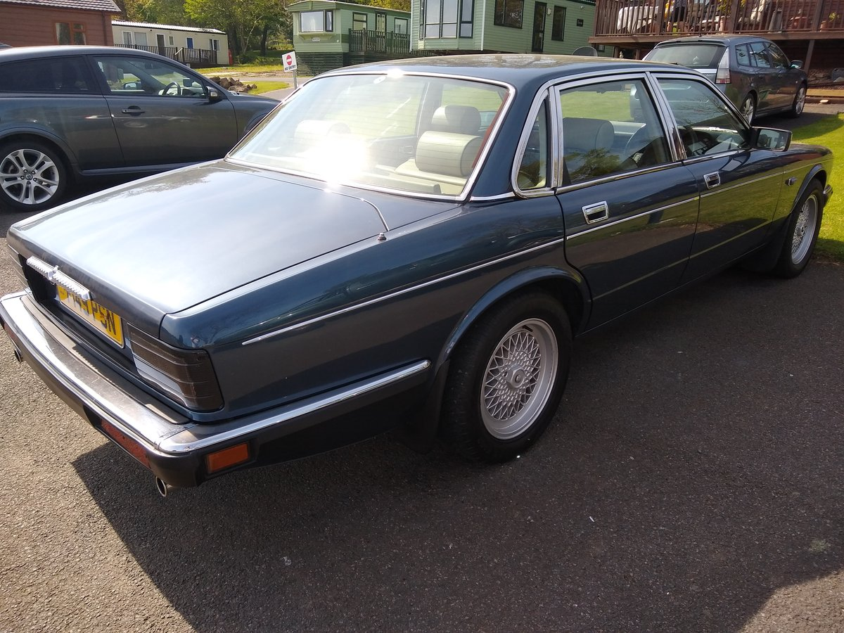 1989 Daimler 3.6 XJ40 For Sale (picture 5 of 6)