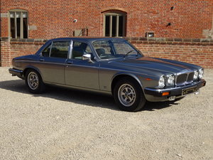 DAIMLER DOUBLE SIX 5.3 V12 1993  31,000  MILES 1 OWNER   For Sale