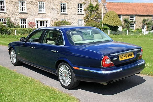 2005 Daimler Super Eight (Only 64,000 Miles) For Sale (picture 2 of 6)