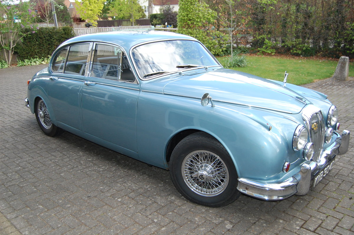 1966 Daimler 250 V8  For Sale (picture 1 of 6)