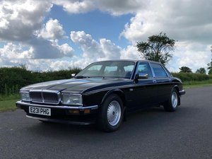 1988 Daimler 3.6 Automatic (XJ40).  SOLD
