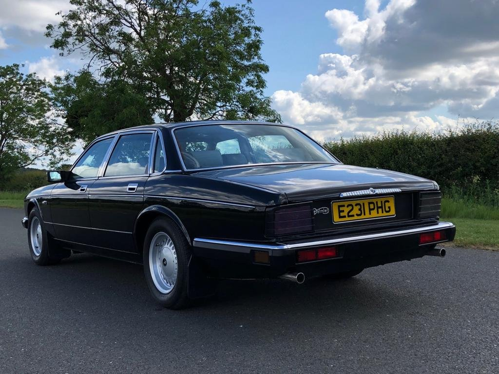1988 Daimler 3.6 Automatic (XJ40).  SOLD (picture 4 of 6)