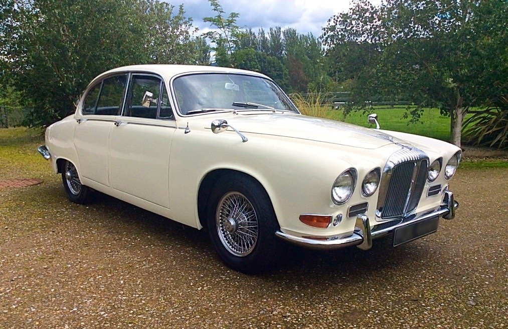 1967 DAIMLER 420 SOVEREIGN LOW MILEAGE + OWNERS SUPERB SOLD (picture 1 of 6)
