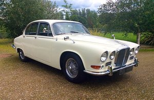 1967 DAIMLER 420 SOVEREIGN LOW MILEAGE + OWNERS SUPERB
