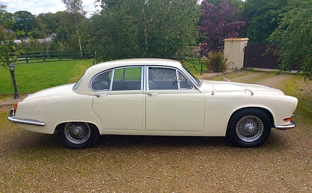 1967 DAIMLER 420 SOVEREIGN LOW MILEAGE + OWNERS SUPERB SOLD (picture 2 of 6)