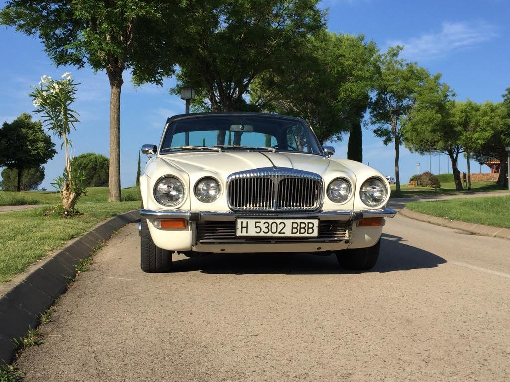 Daimler	XJ6C	1975 For Sale (picture 2 of 6)