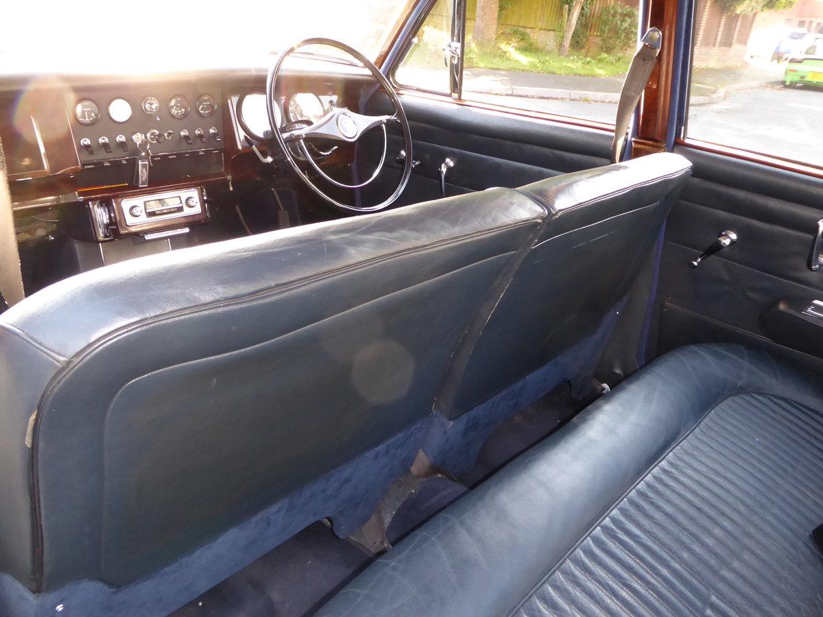 1968 DAIMLER 250 V8 For Sale (picture 4 of 4)
